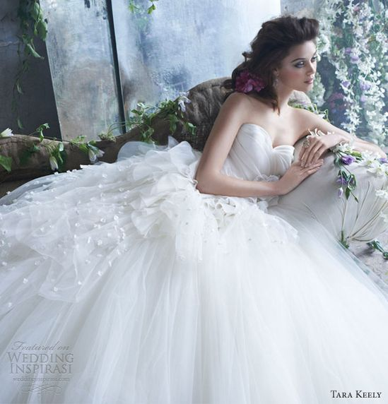 tara keely spring 2013 wedding dresses