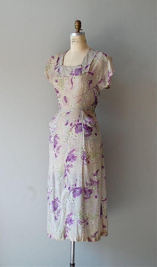 1940s Tiny Bubbles rayon dress