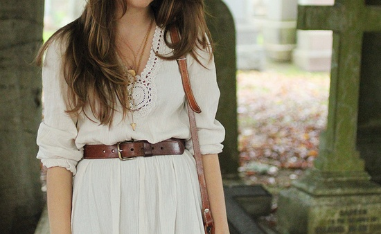 love the white dress and belt