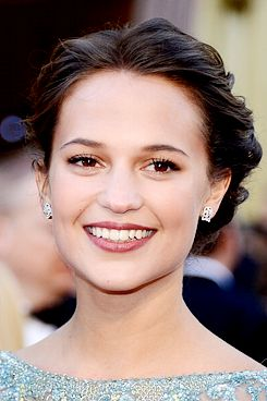 Alicia Vikander's Oscars makeup