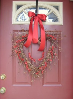 Valentine Home Decor Ideas - a heart wreath    www.rugsdirect.co.uk