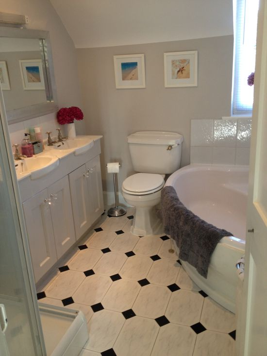 Bathroom decoration (grey gray walls)