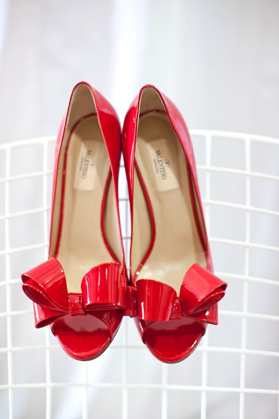 red valentino bow pumps