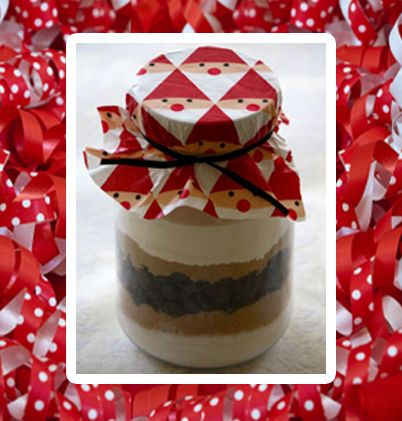 For a Creative Holiday Gift, Try the Do-It-Yourself Cookie Jar!