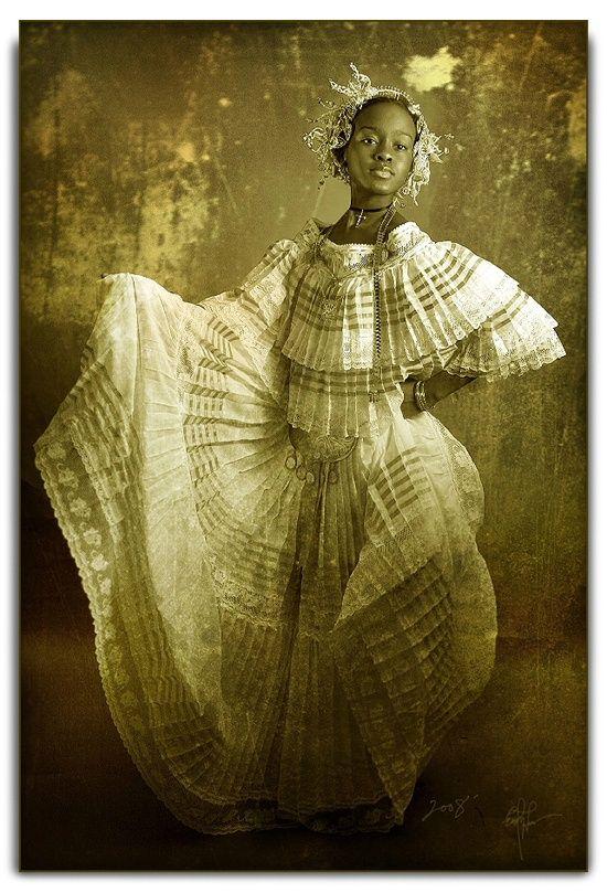 Traditional Panamanian dress.