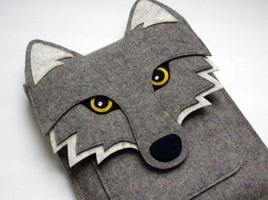 Wolf iPad sleeve  Gray felt  Made to order by BoutiqueID on Etsy, $76.00