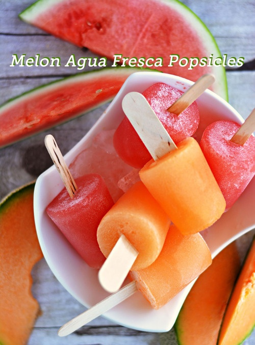 HOW TO: Homemade fresh popsicles. All you need is fresh fruit and a popsicle mold.