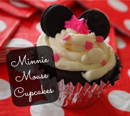 Minnie Mouse birthday party - cute ideas and cupcakes