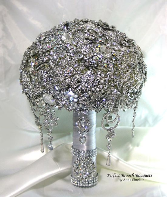 The ultimate wedding bling bouquet.