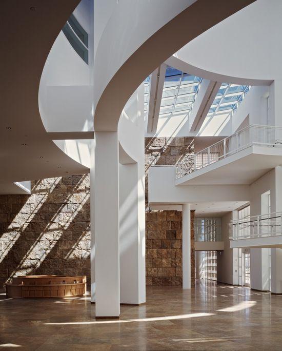 AD Classics: Getty Center / Richard Meier  #skylight