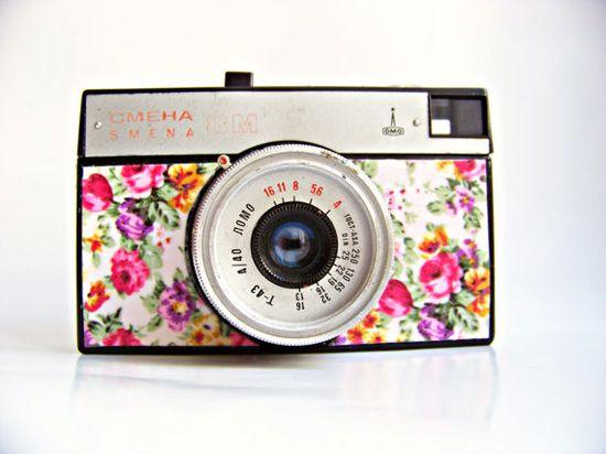 SMENA 8M flower lomo camera 1960s by Mydd on Etsy, €24.00