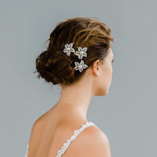 Bridal Brooch Comb Set: Pearl and Rhinestone