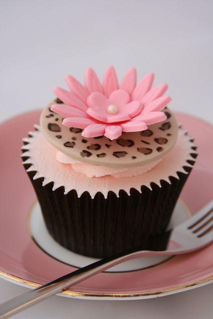 animal print pink cupcake
