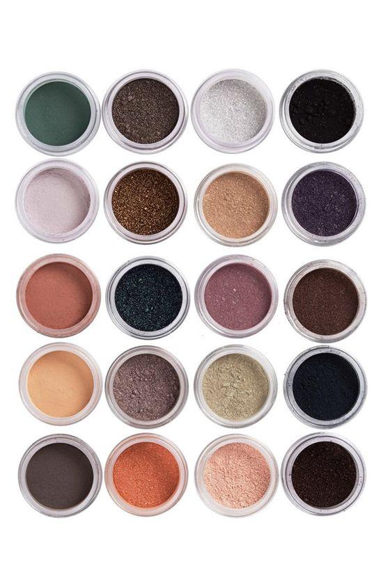 Dazzling eyeshadow colors!