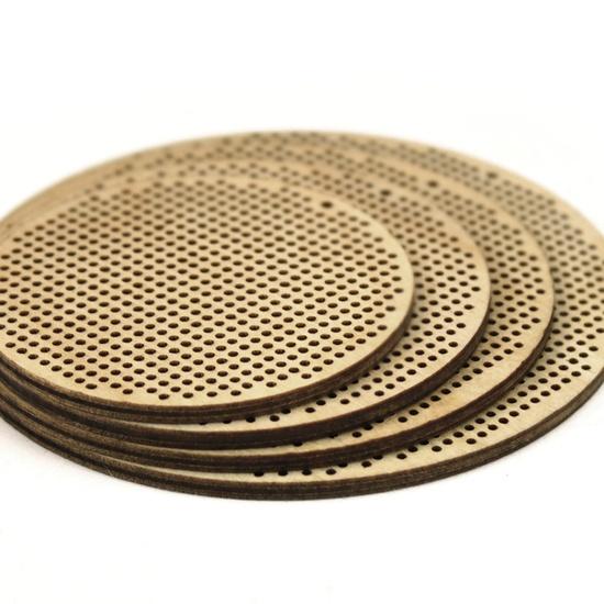 25 wooden needlepoint blank discs