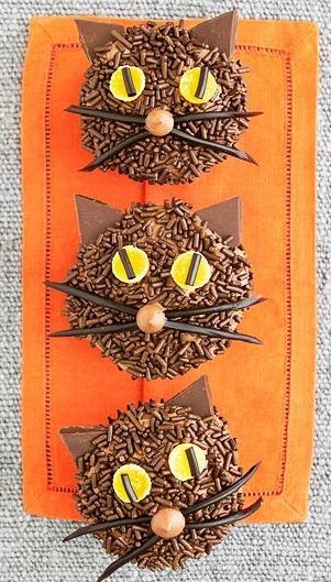 Cupcakes #halloween #cats