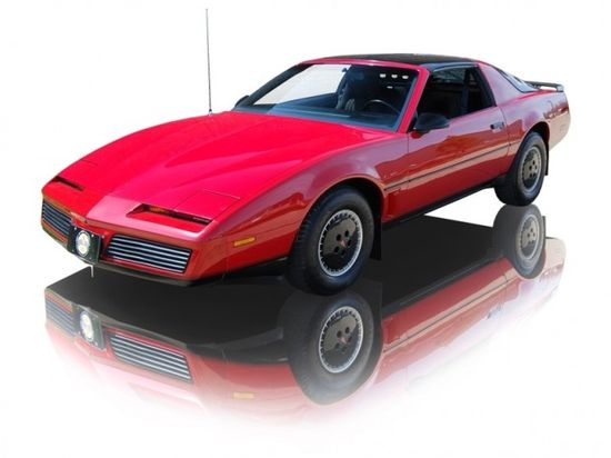 1982 Pontiac Firebird Trans Am V8 5.0 - my dream car when I was little!