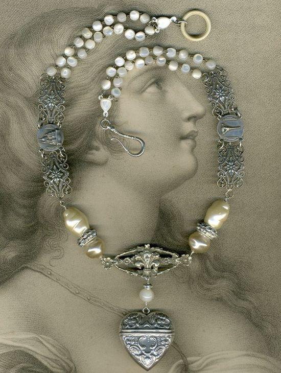 Valentina Necklace