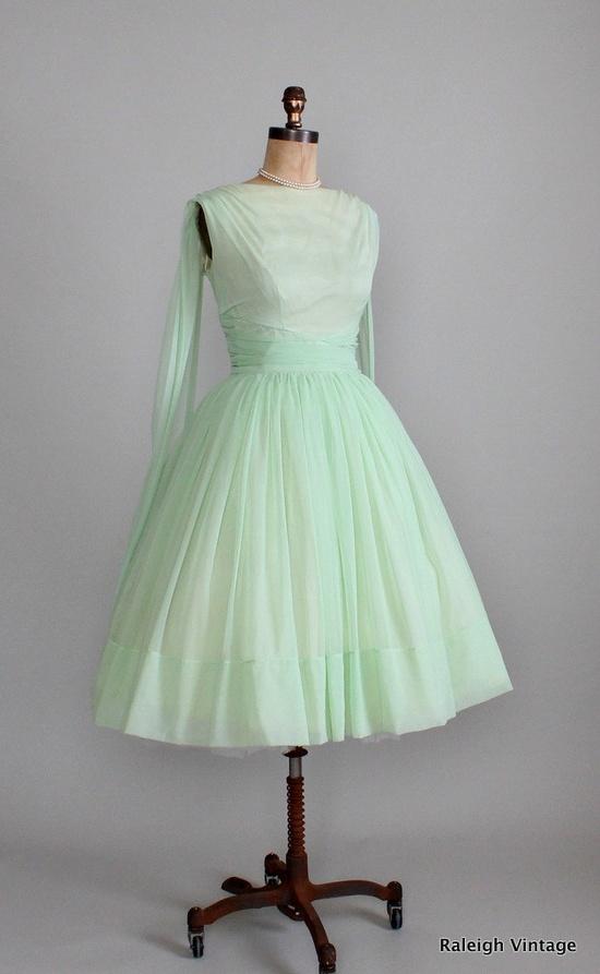 Vintage 1950s Minty Chiffon Prom Dress.
