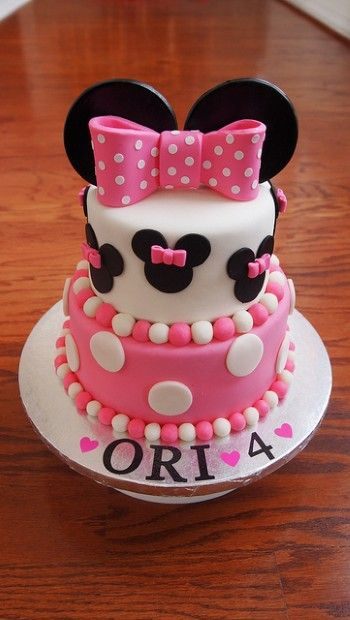 Minnie Mouse Birthday #Cake Pretty with bow in pink and white! We love and had to share! #CakeDecorating Ideas and Inspiration