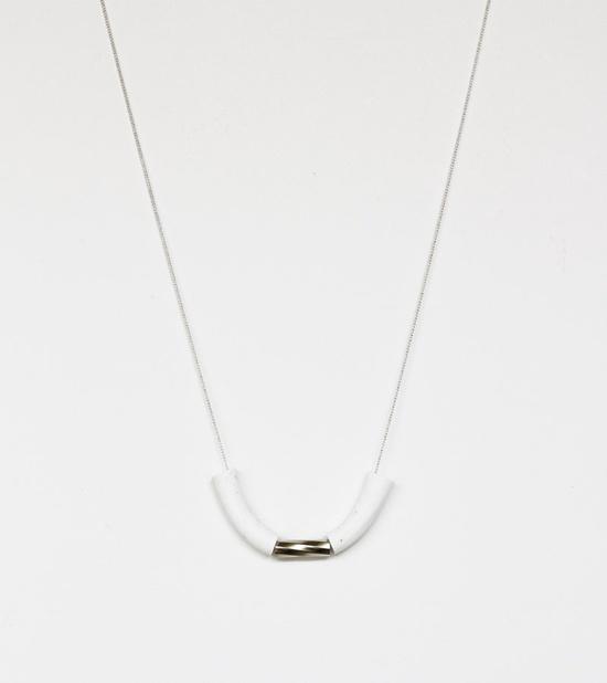 white swirl tube necklace