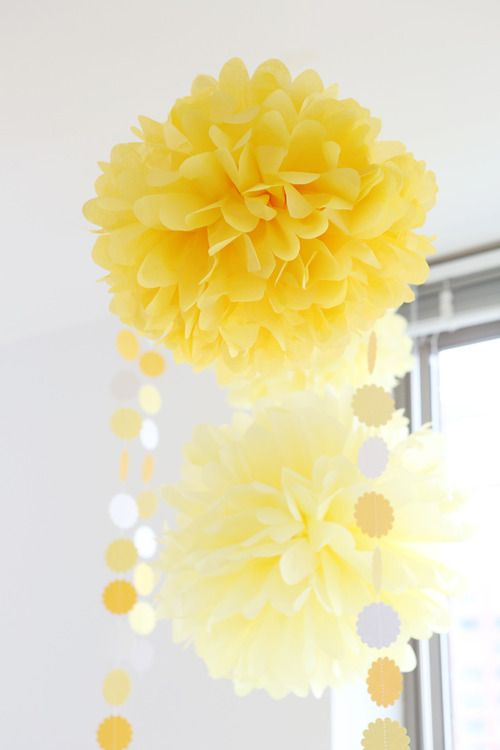 Yellow party decor