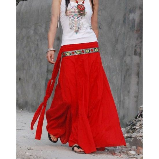 long flowy skirts - now I want one in RED