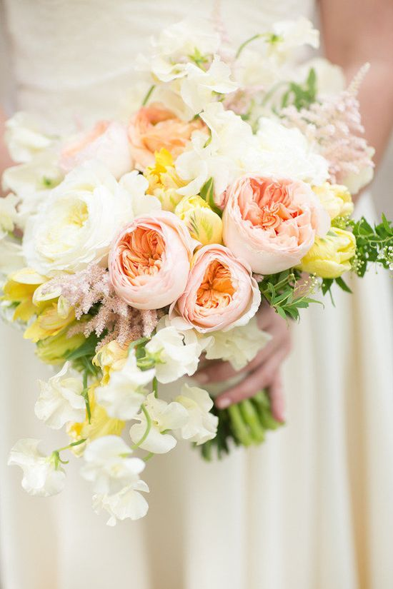 Peach, white, and chartreuse romantic bridal bouquet. Photography by abbyrosephoto.com, Floral Design by passionflowereven...