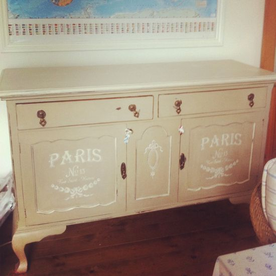 Vintage sideboard & world map #home #interiors