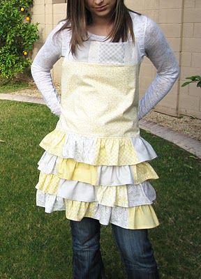 free ruffled apron pattern....