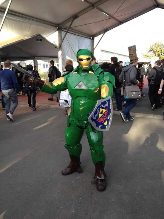 Link Has Stolen Iron Man's Armor And It's Wonderful [Cosplay]