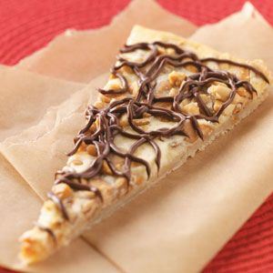 Peanut Butter Cheesecake Dessert Pizza ?