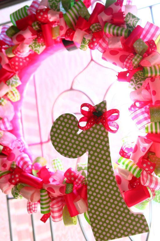 Birthday party strawberry shortcake wreath
