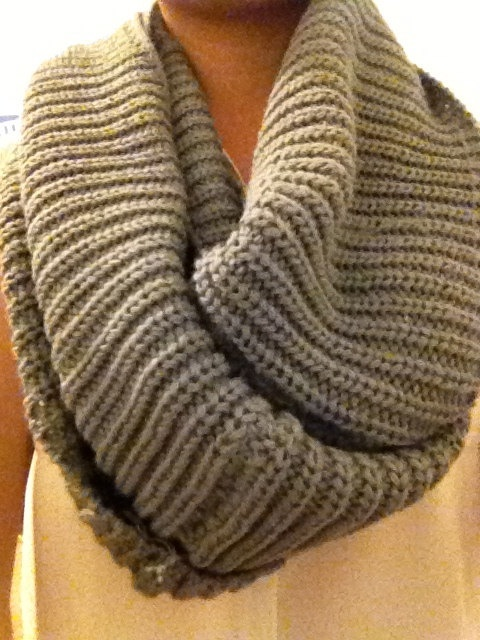 Chunky Knit Infinity Circle Scarf. $5.99, via Etsy.