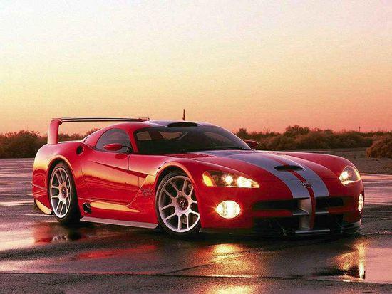 Dodge Viper- Classic colors.