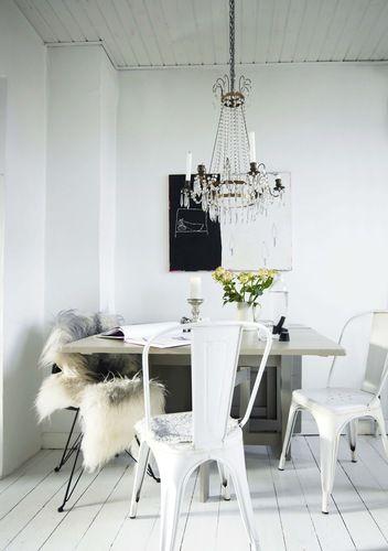 my scandinavian home: A pretty seaside home in Denmark