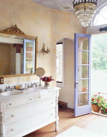 Bathroom decorating ideas - Furnished Bath