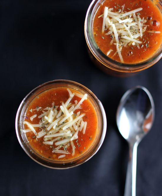 Roasted garlic tomato bean soup