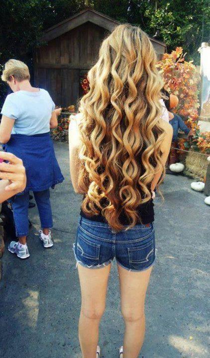 #coiffure #cheveux #long #détachés #bouclés #ondulés