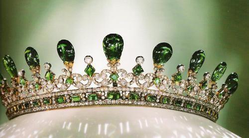emerald tiara