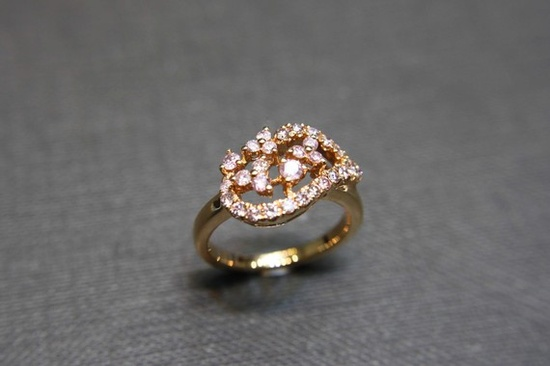 Pink Sapphire Wedding Ring in 14K Rose Gold by honngaijewelry, $620.00
