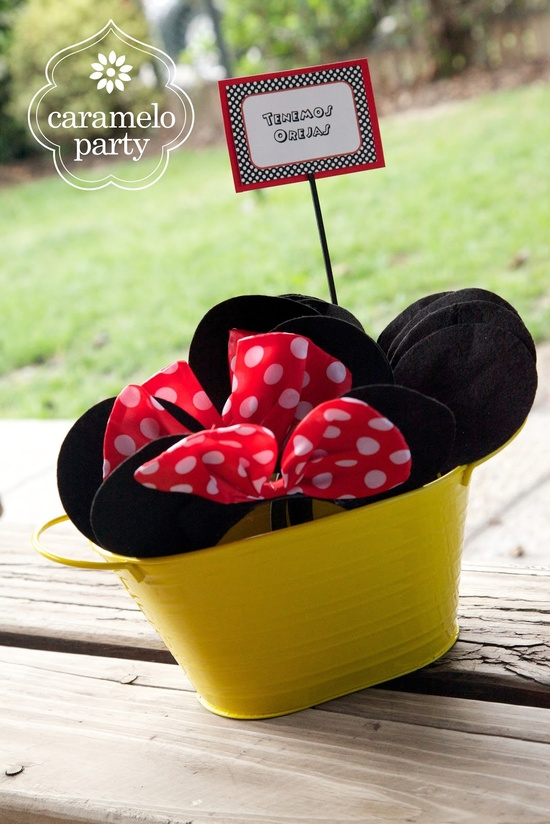 Mickey and Minnie Mouse Party by carameloparty.blo...