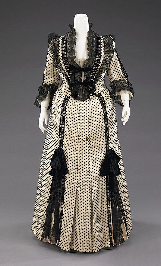 Dinner Dress  Charles Fredrick Worth, 1880s  The Metropolitan Museum of Art