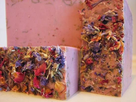 Frankincense, Cinnamon and Orange Soap - Handmade Soap - Vegan Soap