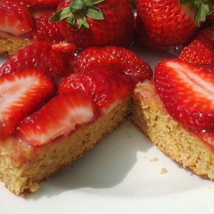 Peanut Butter & Strawberry Bars