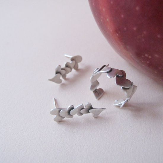 Valentine Jewelry - Handmade Silver Hearts Earrings by Jewellietta, via Etsy.