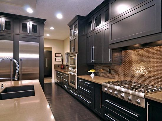Simple Black Kitchen Cabinet Decorating Ideas