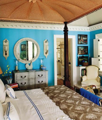 A guest bedroom in Oscar de la Renta's villa in Punta Cana~