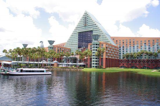 Resort Review – Swan and Dolphin; Walt Disney World; Starwood; Westin; Sheraton