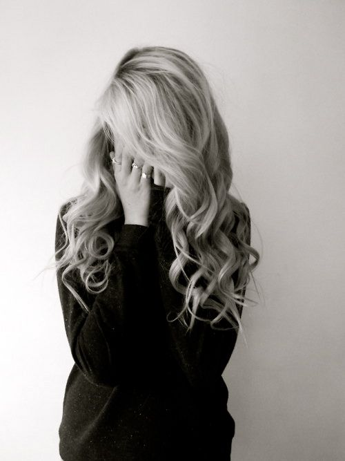 """So pretty and not that hard to do! The power of a 1"""" curling iron and patience :)"""